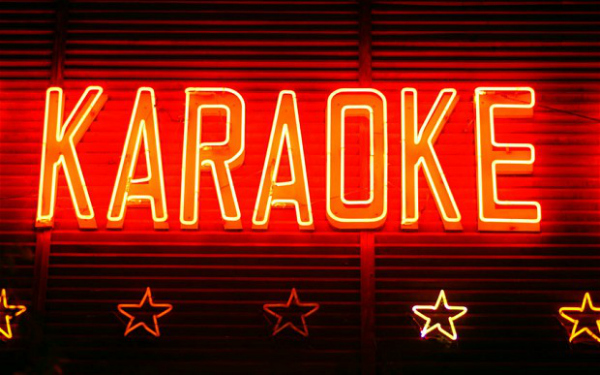 karaoke-brondes-age
