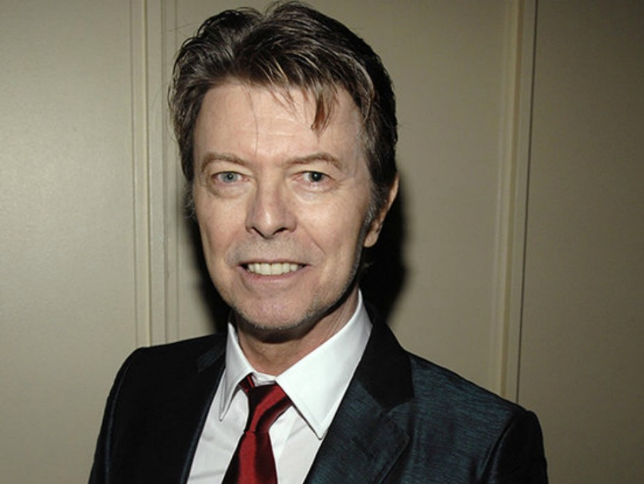 London DJ David Bowie in a suit