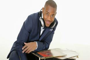 DJ Malcolm guide blog